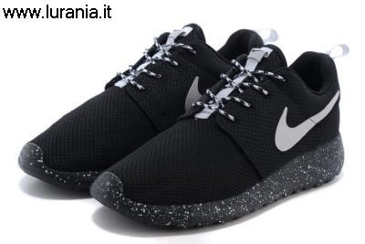 black nike roshe run womens amazon,nike roshe runs womens amazon