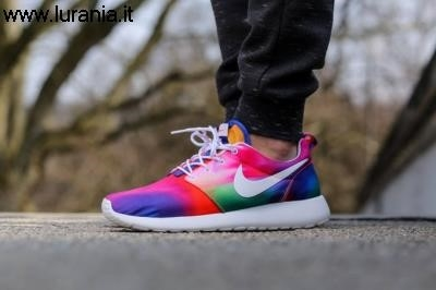 roshe run multicolor,roshe run maculate nere