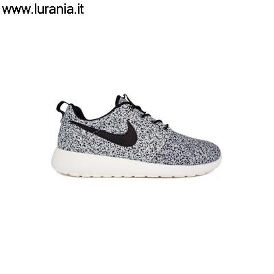 roshe run particolari,roshe run rosa